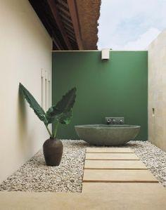 decorar patio en verde